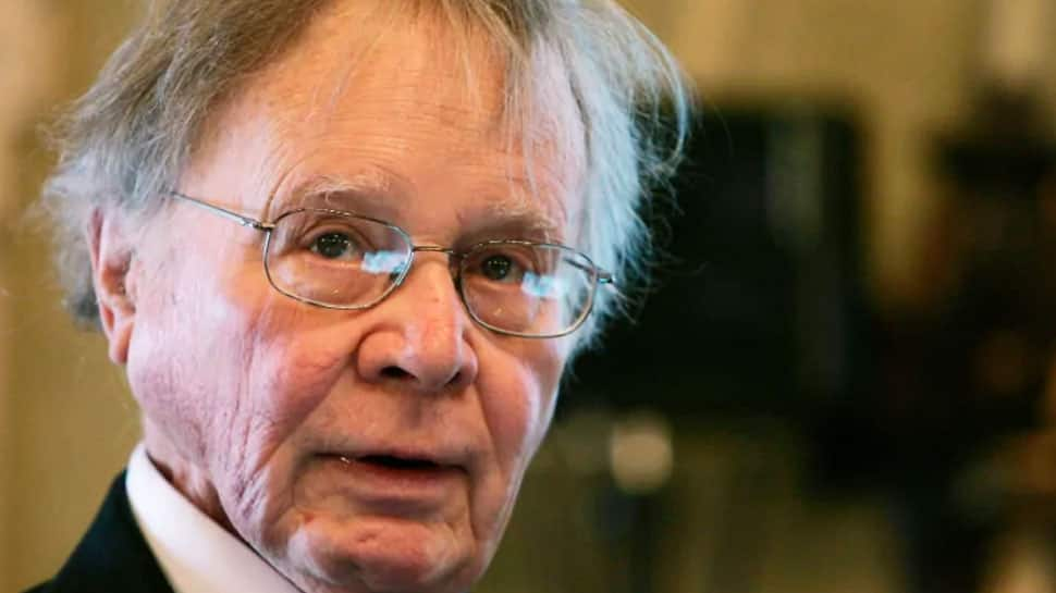 Scientist who popularized term 'global warming' dies