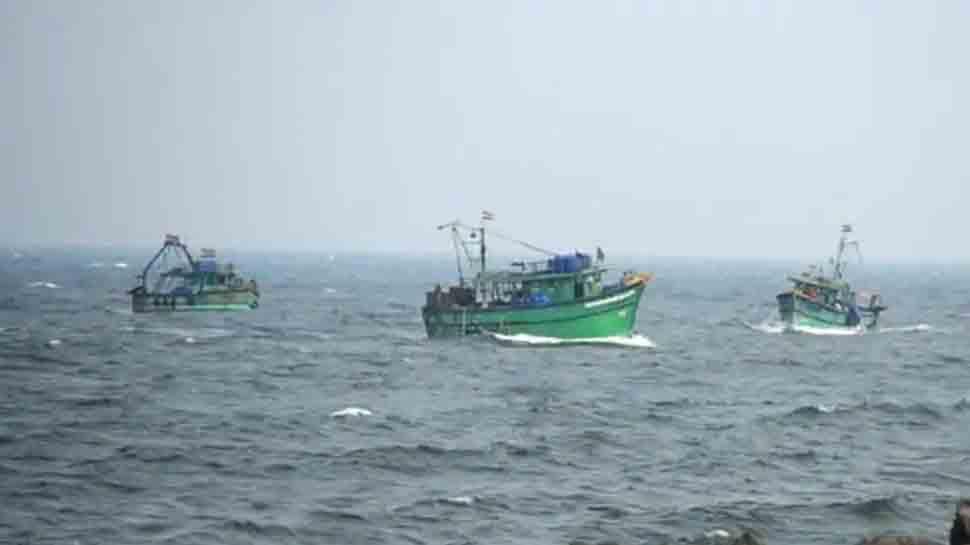 Sri Lankan Navy arrested five Tamil Nadu fishermen, seize boats