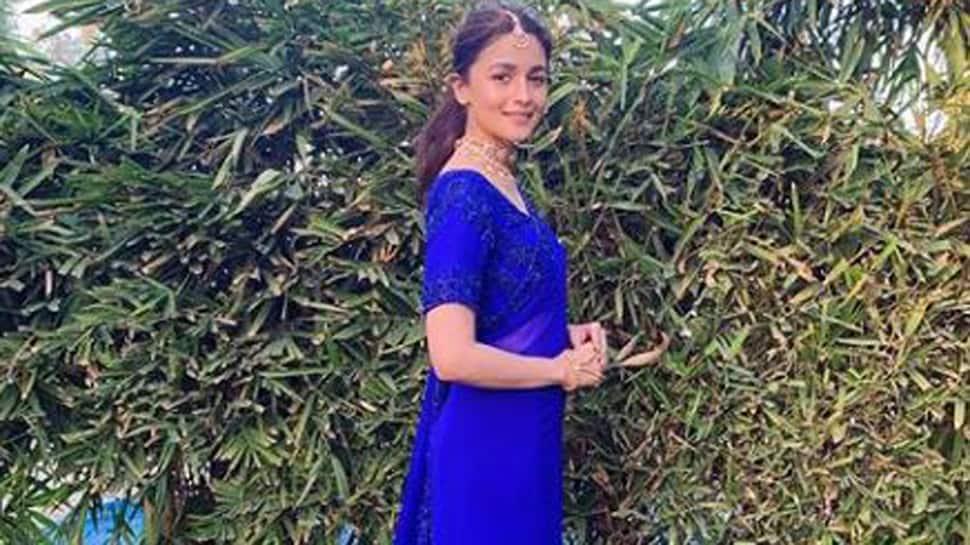 Soni Razdan has the best reaction to Alia Bhatt's picture from her best friend's wedding