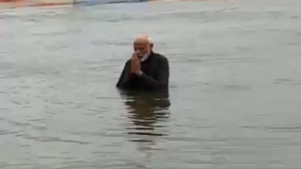 PM Modi takes holy dip at Kumbh, prays for well being of 130 crore Indians: Watch