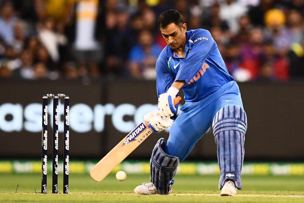 MS Dhoni affects unbelievable run-out during first Australia T20I