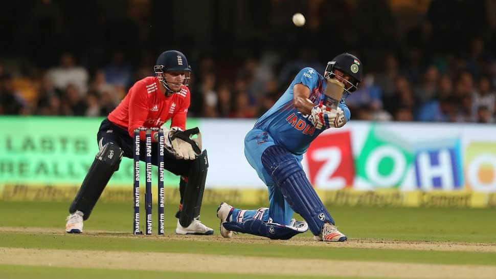 Suresh Raina becomes first Indian to score 8000 runs in T20 cricket