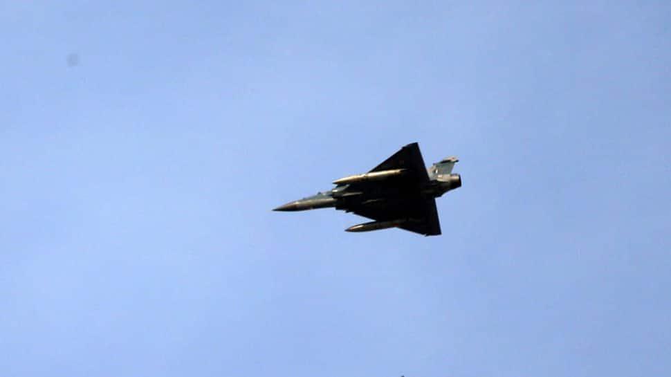 आज सिन्धु ने विष उगला है, लहरों का यौवन मचला है: Indian Army lauds IAF airstrikes in Pakistan