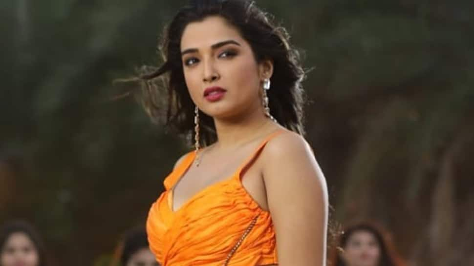 Aamrapali Dubey looks stunning in her latest Instagram post