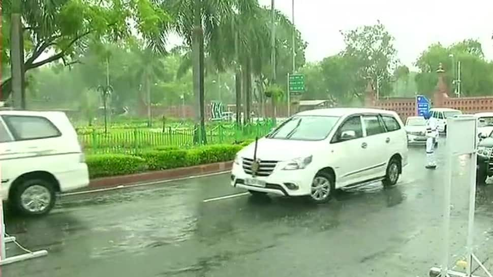 Delhi NCR wakes up to rain, hailstorm likely in some parts of the capital