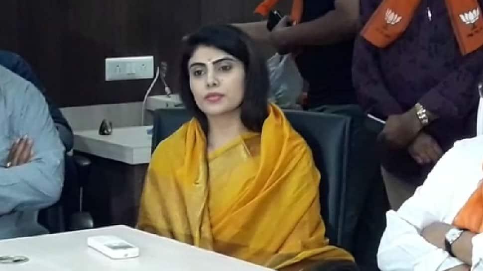 Ravindra Jadeja's wife Rivaba joins Bharatiya Janata Party