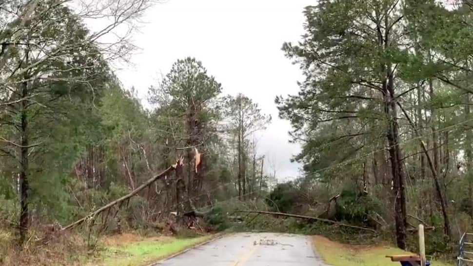 At least 14 dead in Alabama tornado, toll expected to rise