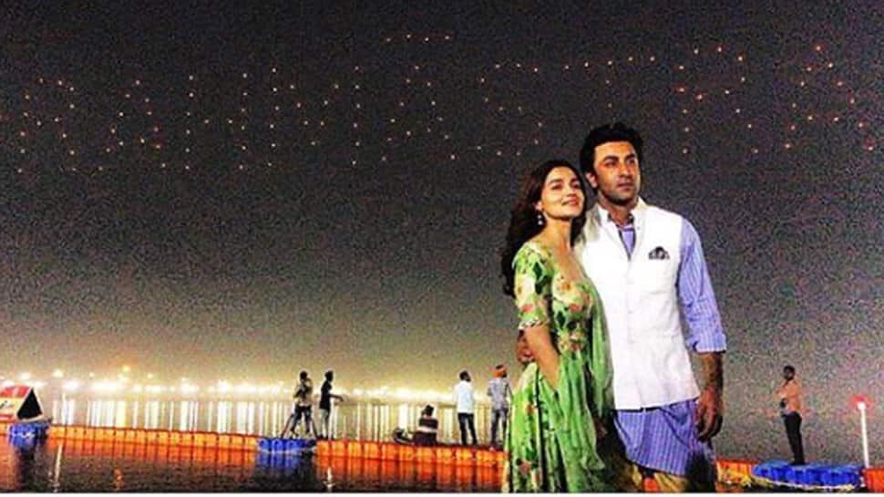Alia Bhatt and Ranbir Kapoor unveil 'Brahmastra' logo in a dreamy way!