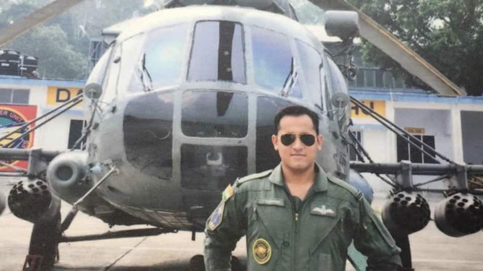 Martyred IAF Squadron Leader Ninad Mandavgane's wife Vijeta appeals to social media warriors to show courage and fight on the border