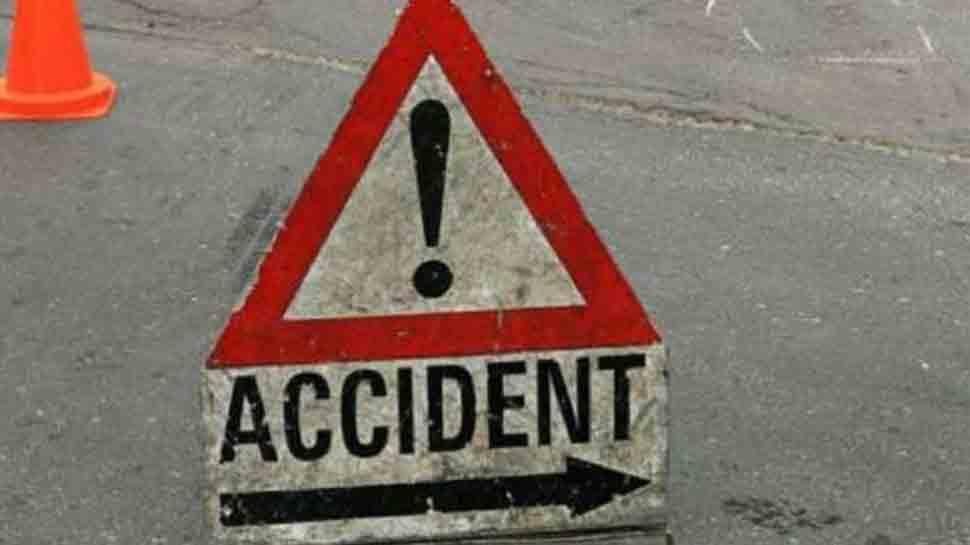 Eight killed, 7 injured in van-bus collision in Telangana