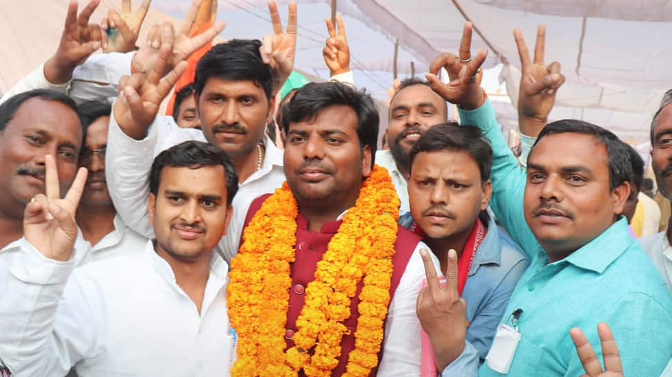 Gorakhpur MP detained during protest for SC status for Nishads