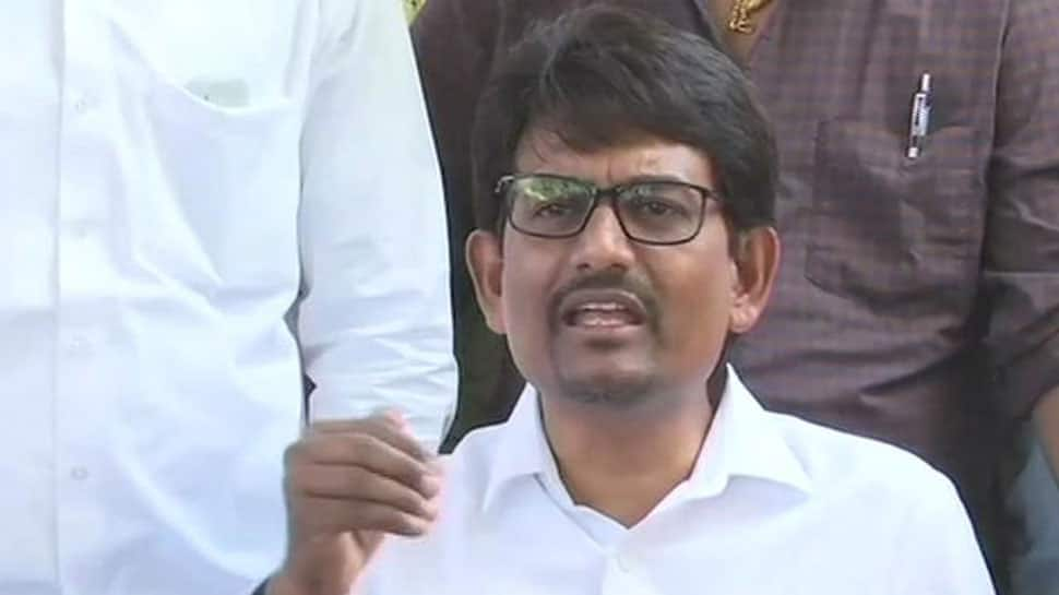 Gujarat MLA Alpesh Thakor denies report of joining BJP, says will continue to stay with Congress