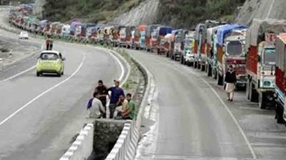 Landslide blocks Jammu-Srinagar highway as snow, rains lash parts of Jammu and Kashmir