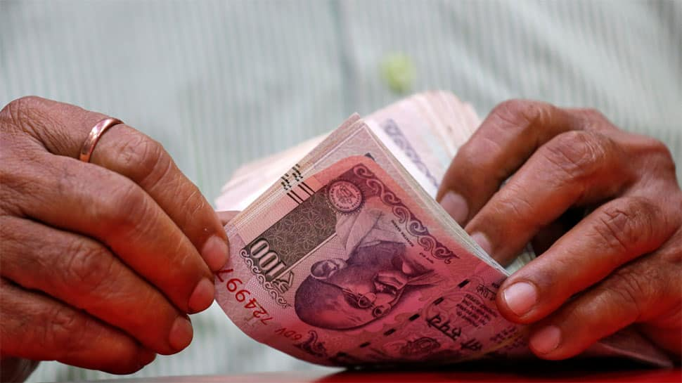 Markets extend pre-election rally, Rs 1.23 lakh crore added to investors' wealth