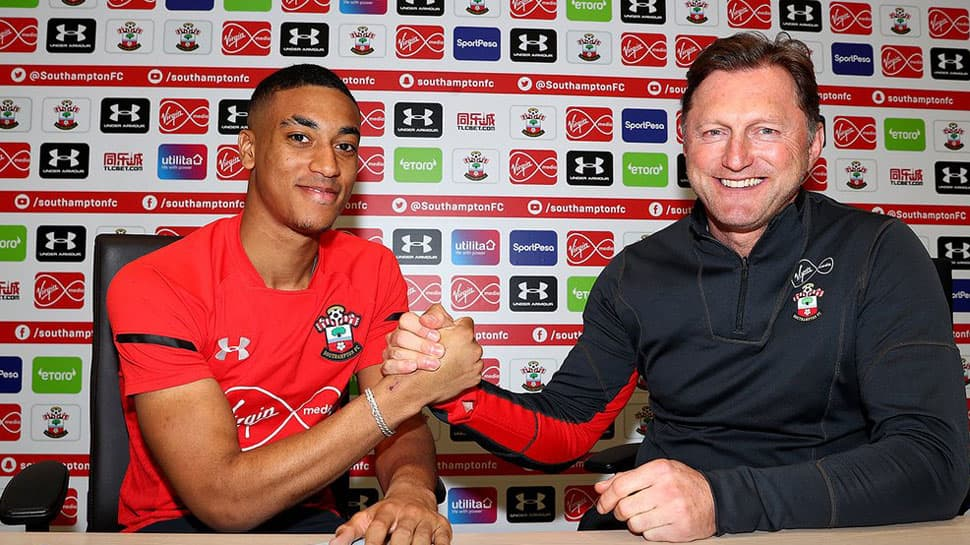 EPL: Southampton full back Yan Valery extends contract till 2023