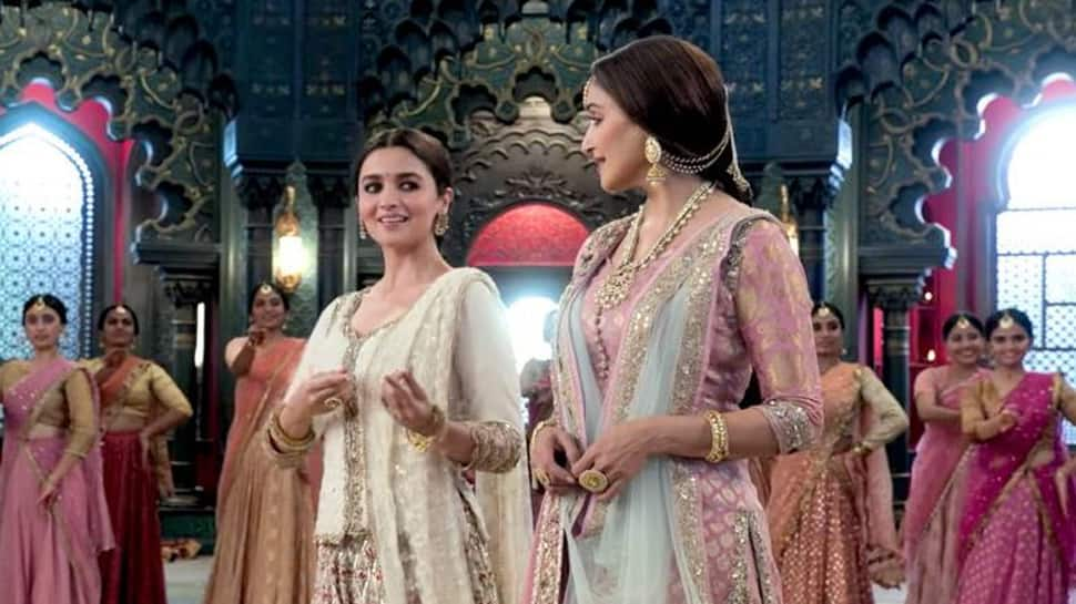 Madhuri Dixit and Alia Bhatt are magical together in Ghar More Pardesiya
