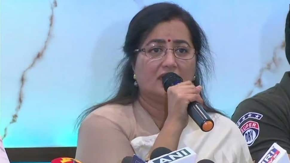 Late Congress leader Ambareesh' wife Sumalatha to contest from Mandya as independent candidate
