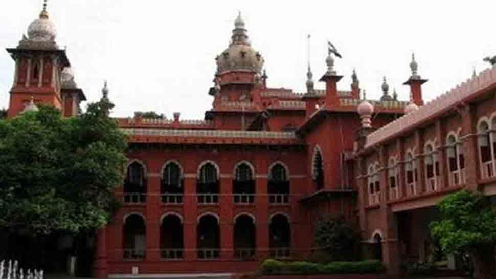 Man stabs wife inside Madras High Court over matrimonial dispute