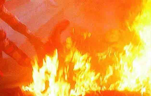 Kochi: Teen girl set ablaze by spurned lover dies