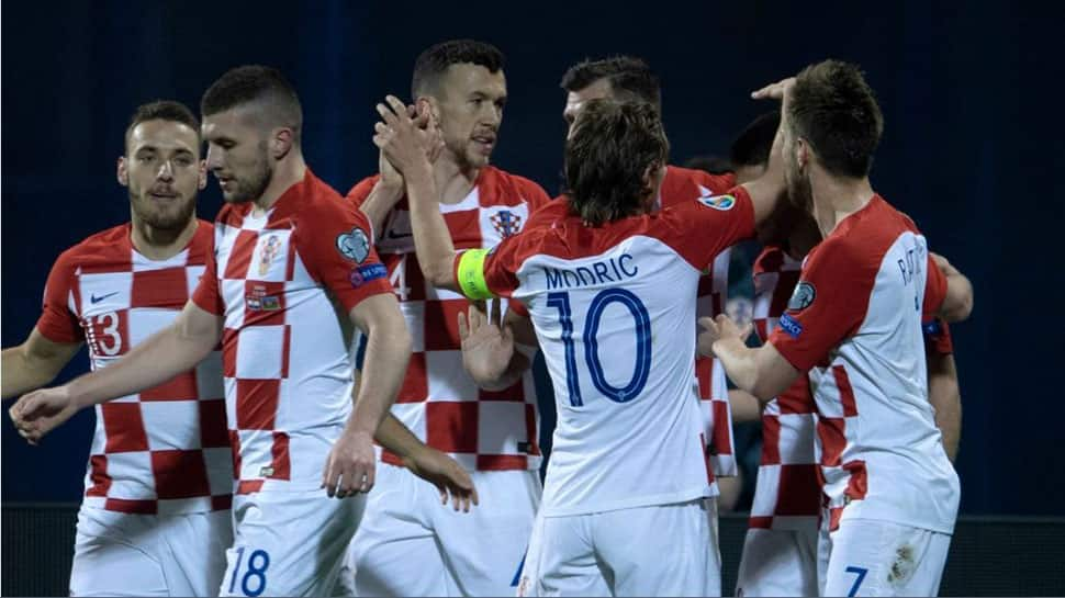 Andrej Kramaric nets late winner as Croatia beat Azerbaijan 2-1