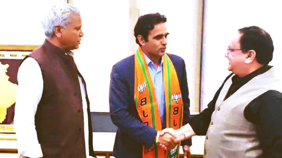 Retired Major, ex-AAP leader Surendra Poonia joins BJP