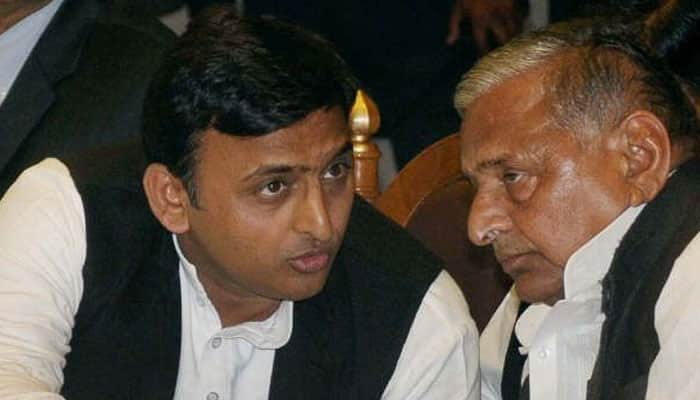 SC issues notice to CBI, asks for report on investigation against Akhilesh, Mulayam