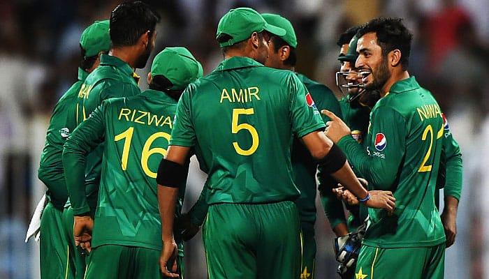Imran Khan worried about Pakistan cricket team's World Cup preparation
