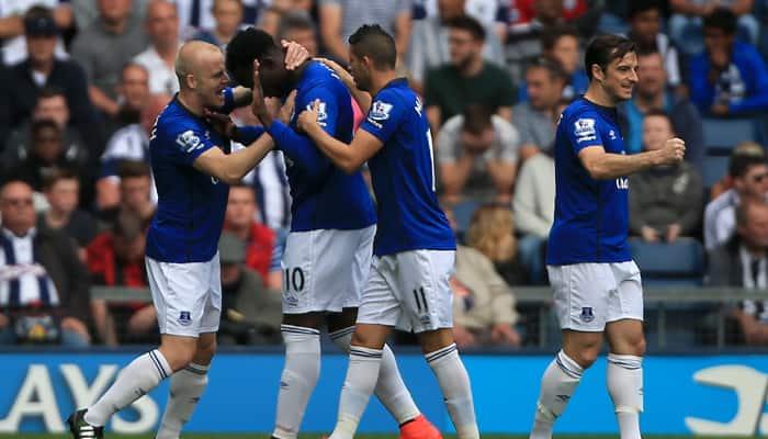 Everton ease past ragged West Ham 2-0 in Premier League