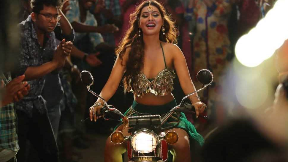 Tollywood actress Payal Rajput sizzles in 'Bull Reddy' song from 'Sita'