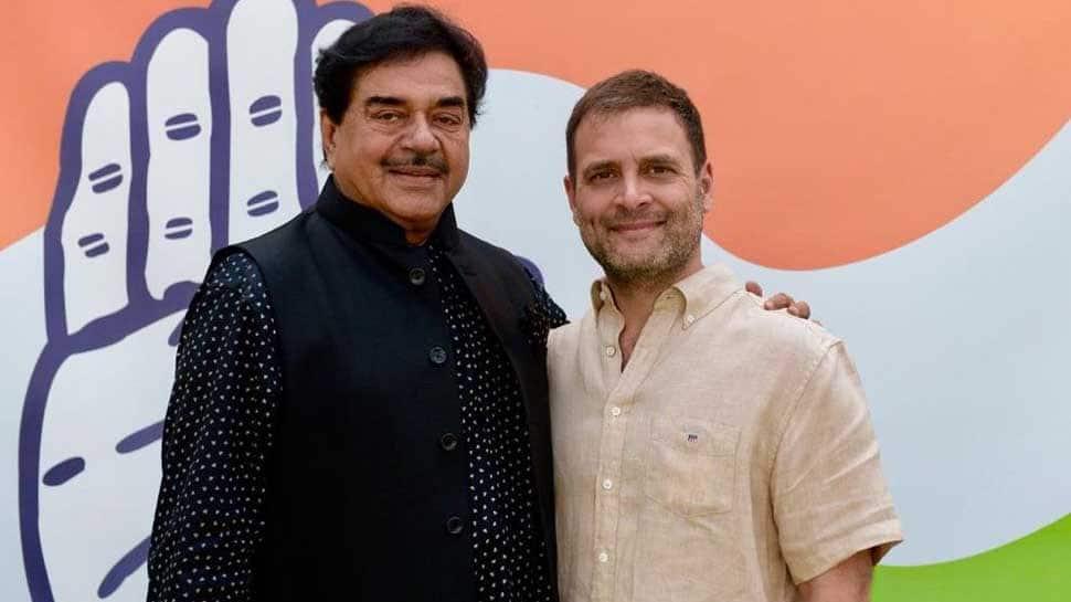 Shatrughan Sinha quits BJP, joins Congress ahead of Lok Sabha election 2019