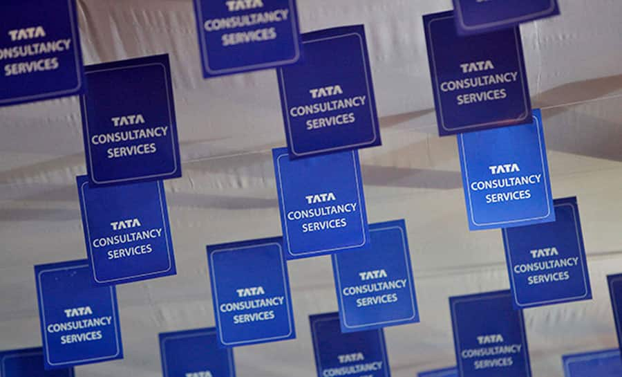 TCS Q4 profit surge 18% to Rs 8,152 crore