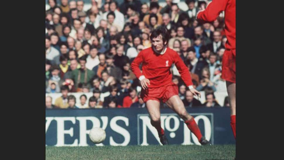 Liverpool great Tommy Smith passes away aged 74