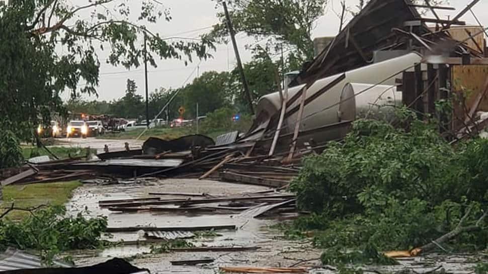 Tornadoes kill at least 5 as massive storm sweeps US South