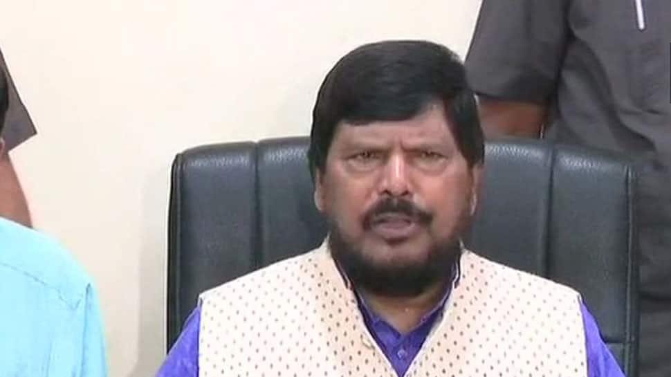 Union minister Ramdas Athawale invites Karnataka CM Kumaraswamy to join hands with BJP