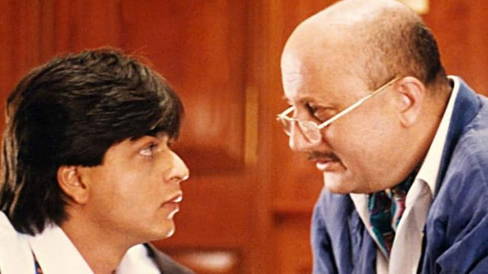 Anupam Kher, SRK bond on Twitter over DDLJ