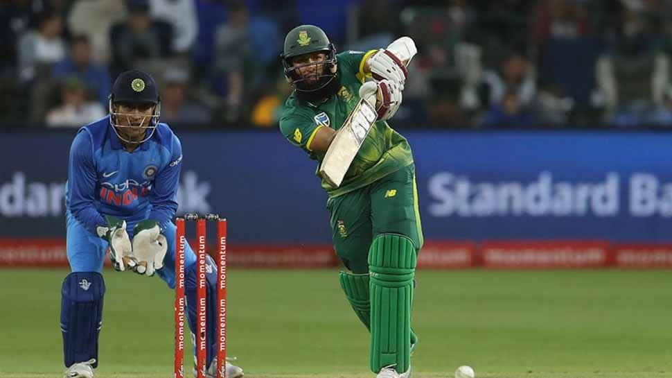 Off-form Amla included in 15-man squad