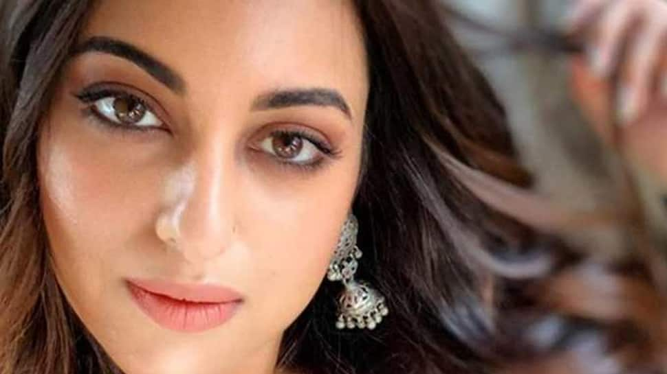 Sonakshi Sinha happy with fantastic response to 'Kalank'