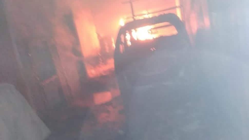 Delhi: Fire breaks out in 2 mobile repairing shops in Karol Bagh's Gaffar market