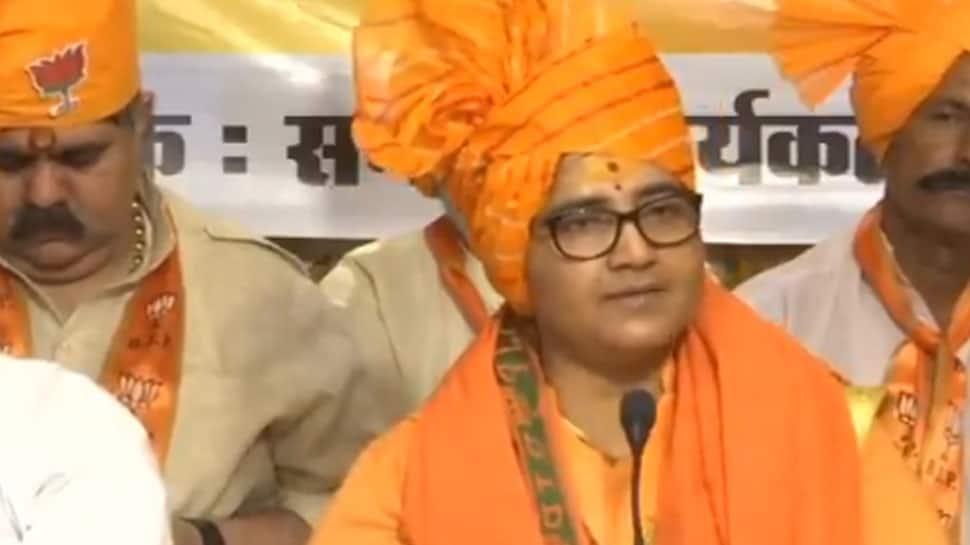 EC to issue notice to Pragya Thakur on her remarks against 26/11 hero Hemant Karkare