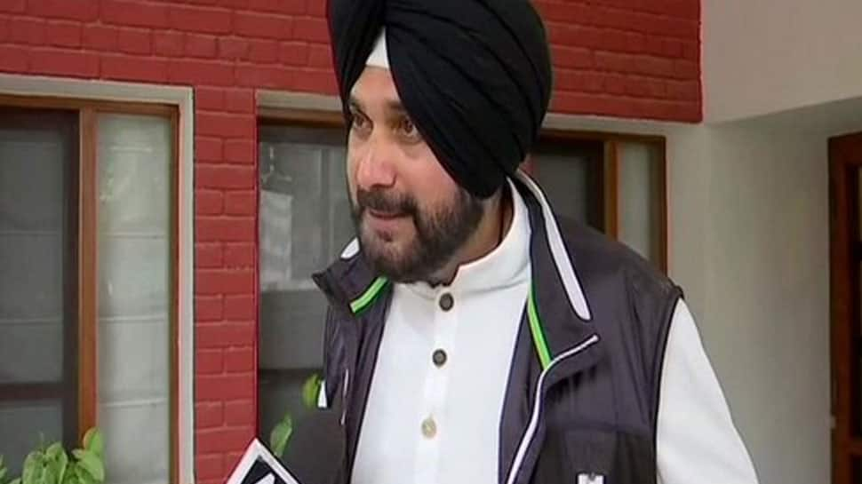 EC notice to Navjot Singh Sidhu for warning Muslims about division of votes in Bihar