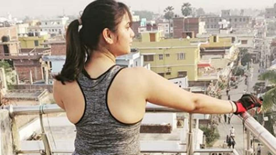 Rani Chatterjee gives major fitness goals in this pic
