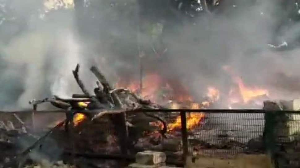 Fire breaks out outside Sonia Gandhi Camp in Delhi's RK Puram