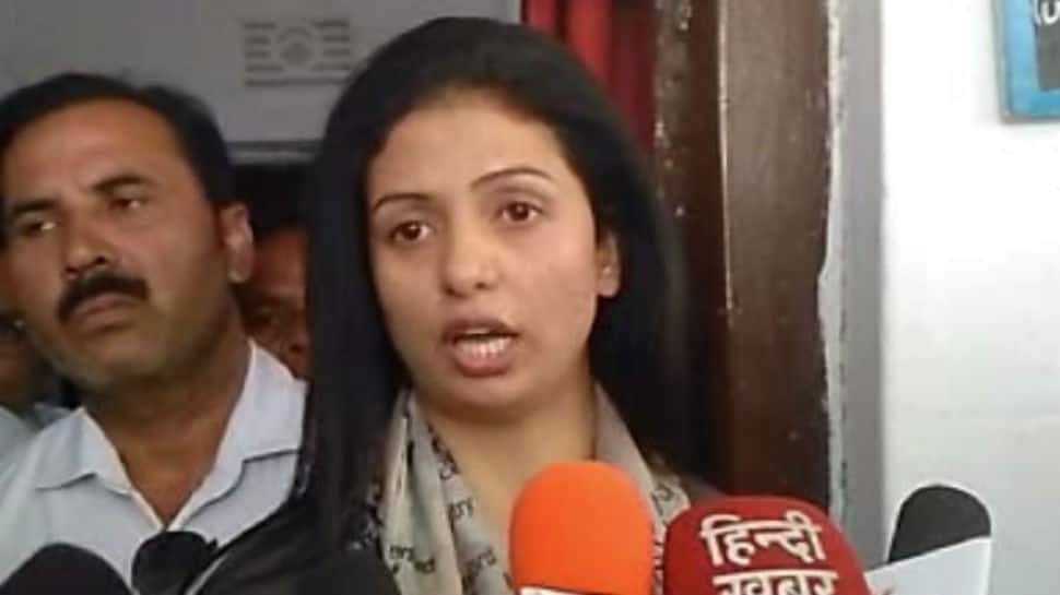 Mohammed Shami's wife Hasin Jahan, arrested for creating ruckus at cricketer's home, granted bail