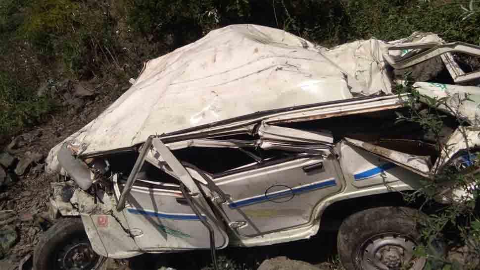 Five killed, 5 injured as jeep rolls down cliff in Himachal Pradesh's Mandi