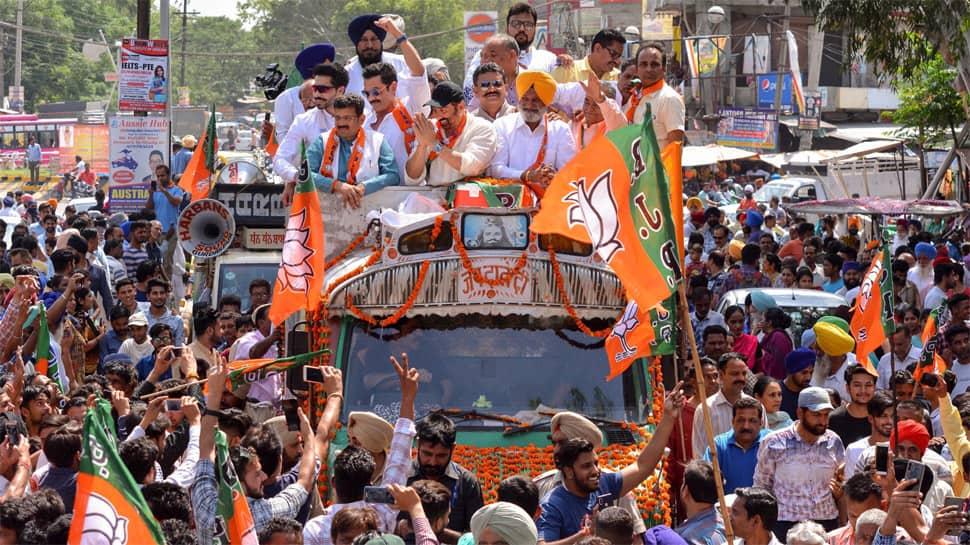 BJP's Sunny Deol dazzles voters in Gurdaspur with marathon roadshow