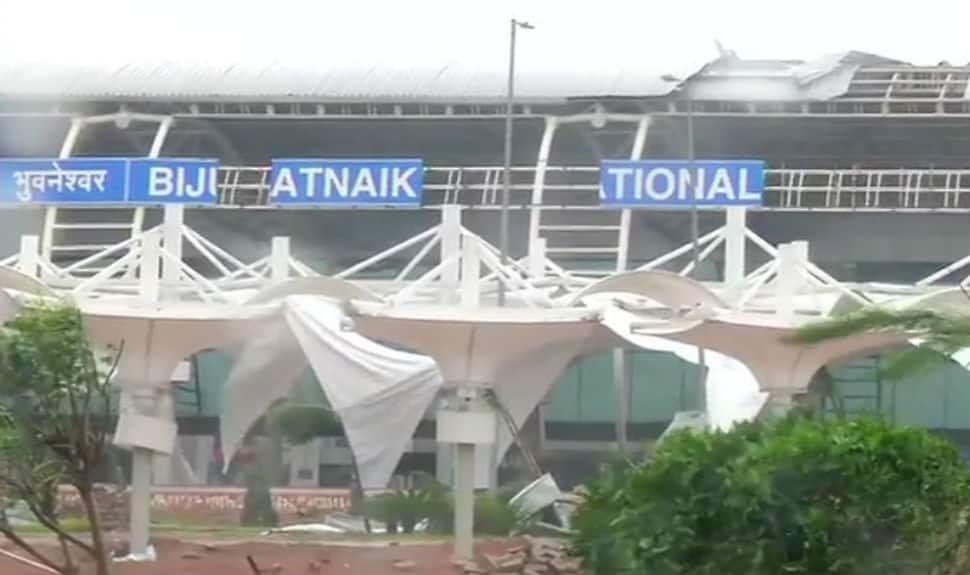 Cyclone Fani wreaks havoc in Bhubaneswar; major damage at airport, college bus overturns