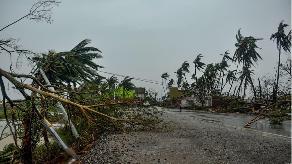 Cyclone Fani batters Odisha, death toll 10, massive loss of property