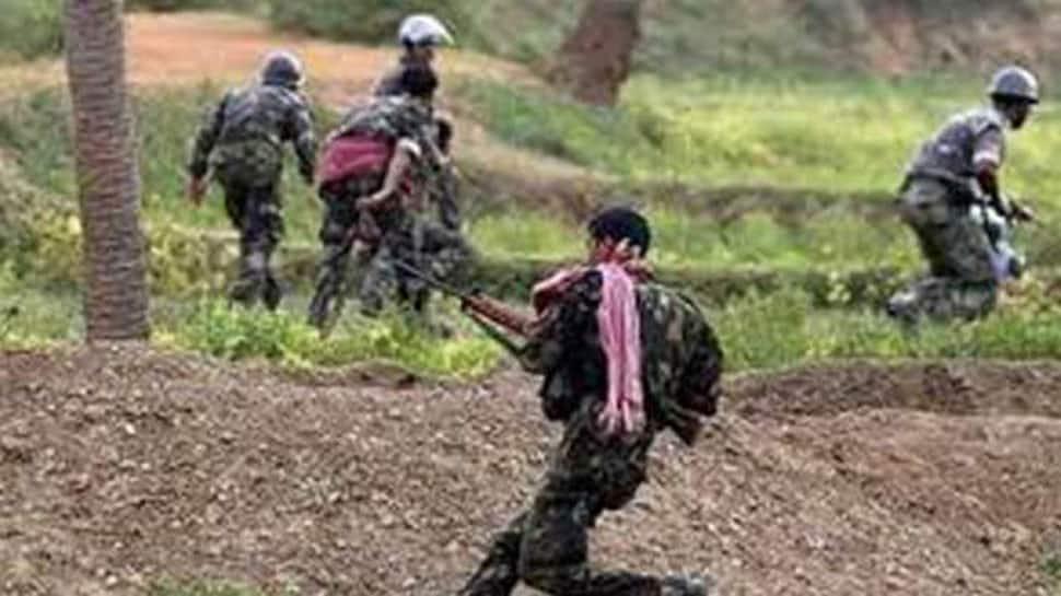 3 Naxals arrested, one surrenders in Dantewada