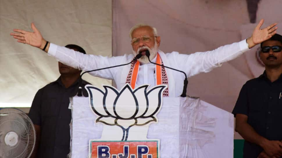 They called me stupid PM: Narendra Modi lists out Congress abuses from 'dictionary of love'