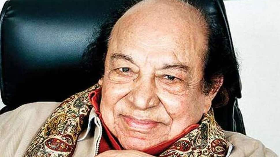 Acting guru Roshan Taneja dead, 'students' pay tribute